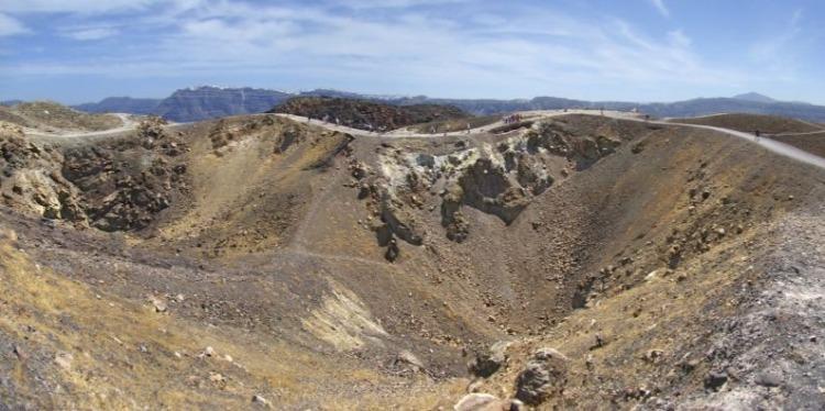 Vulkanische kraters op Santorini (CC BY-SA 4.0 - Tango7174 - wiki)