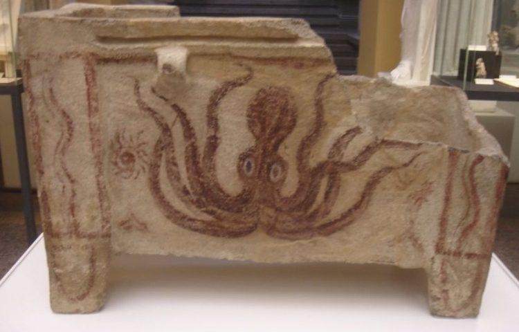 Willekeurige afbeelding van een larnax uit de Minoïsche tijd (CC BY-SA 4.0 - Traitor)