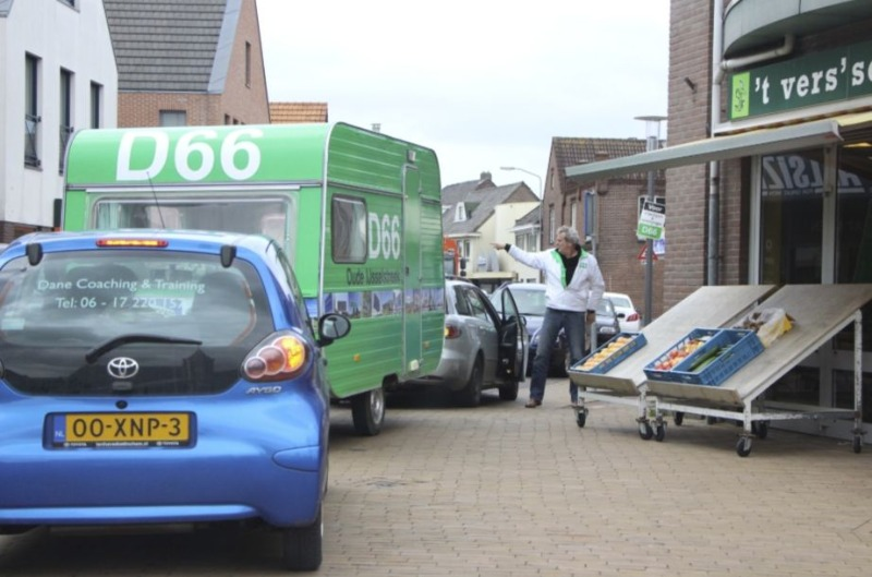 D66-campagne in 2014, gemeente Oude IJsselstreek (CC BY-SA 3.0 - Ziko van Dijk - wiki)