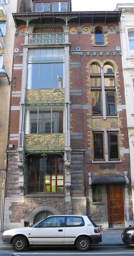 Door Hankar ontwerpen huis aan de Defacqzstraat in Brussel (CC BY 2.0 - Jean-Pol GRANDMONT - wiki)