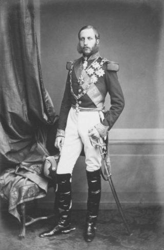 Filips van België gefotogrfeerd door Louis-Joseph Ghémar, circa 1863 (Publiek Domein - wiki)