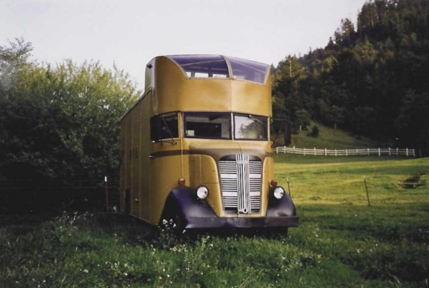 Willekeurige Hippiebus uit 1968 (CC BY 2.5 -  Founders4 - wiki)