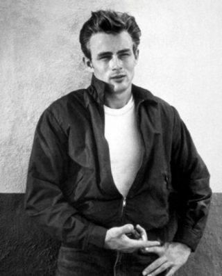 James Dean in Rebel Without a Cause uit 1955 (Publiek Domein - wiki)