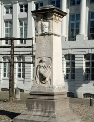 Monument voor Jenneval op het Martelarenplein in Brussel (CC BY-SA 3.0 - EmDee - wiki)