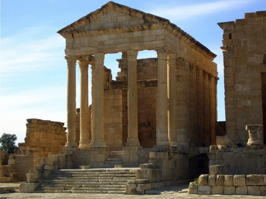 Tempel van Minerva in Tunesië (CC BY-SA 3.0 - Bernard Gagnon)