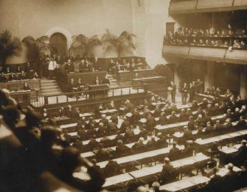Bijeenkomst van de Volkenbond in 1920, in de Salle de la Réformation in Geneve