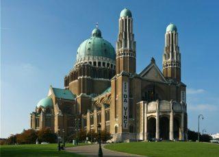 Nationale Basiliek van het Heilig Hart (CC BY-SA 3.0 - Markus Koljonen - wiki)