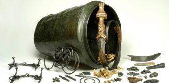 Vorstengraf in Oss (700 v.Chr.) – En een bijzonder gekromd zwaard