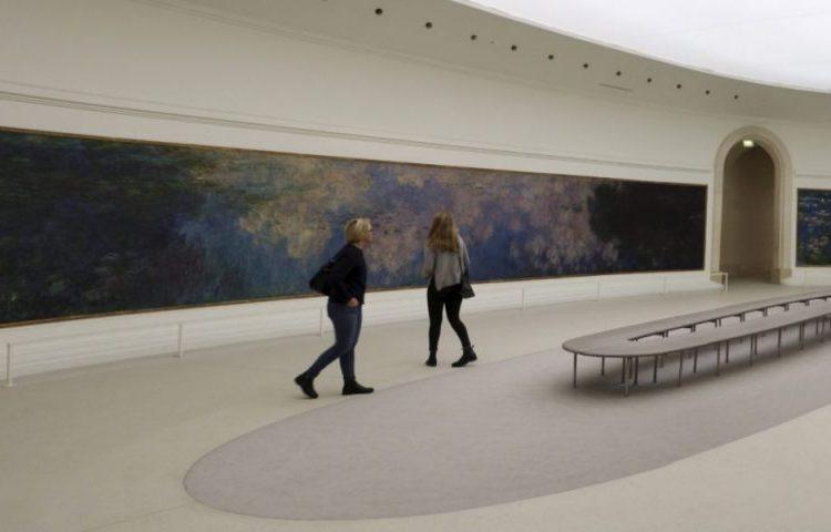 Waterlelies van Monet het Musée de l'Orangerie in de Tuilerieën in Parijs (CC BY-SA 3.0 - Sailko - wiki)