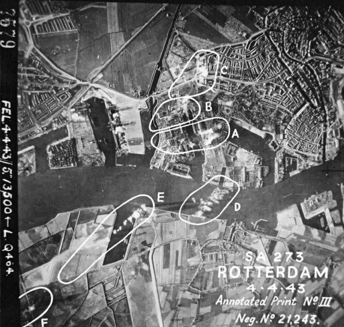 4 april 1943. Bommen op Wilton-Fijenoord in Schiedam - (A) op en rond de grote constructiehal en op het 'Pola'-dok; (B) op bedrijfsgebouwen; (C) bominslagen in het Schiedamse stadsgebied rondom de Paulus Potterstraat-Van Ostadestraat; (D en E) bommen in de Tweede Petroleumhaven en Nieuwe Maas. (NARA)