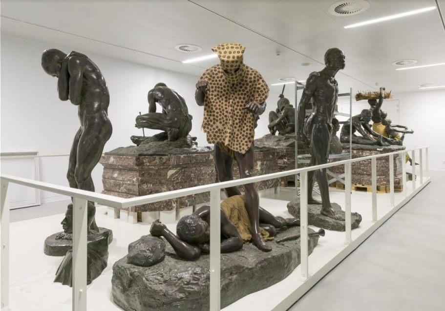 Afgekeurde beelden in de kelder van het museum (© RMCA)
