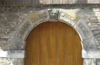 Poortje van de Latijnse school van Goes (CC BY-SA 3.0 nl - Lymantria - wiki)