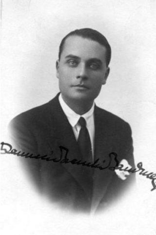 Ranuccio Bianchi Bandinelli, portret met handtekening (Publiek Domein - wiki)