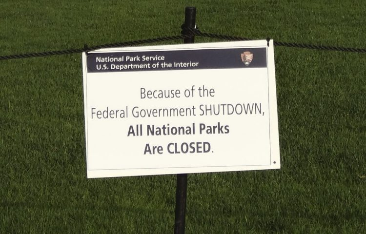 Government shutdown in 2013 (CC BY-SA 3.0 - wiki - Emw)