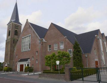 Biblebelt - Dorpskerk Hersteld Hervormde Gemeente te Staphorst (CC BY 3.0 - G.Lanting - wiki)