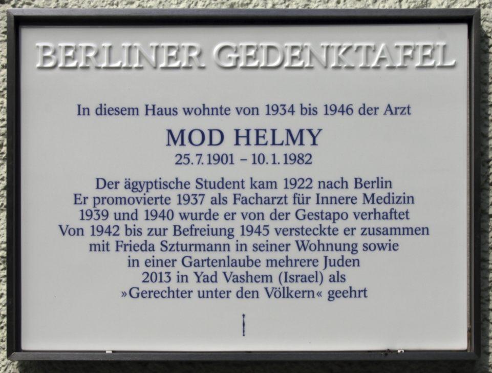 Gedenksteen in Berlijn voor Mohammed Helmy (CC BY-SA 3.0 - OFTW - wiki)
