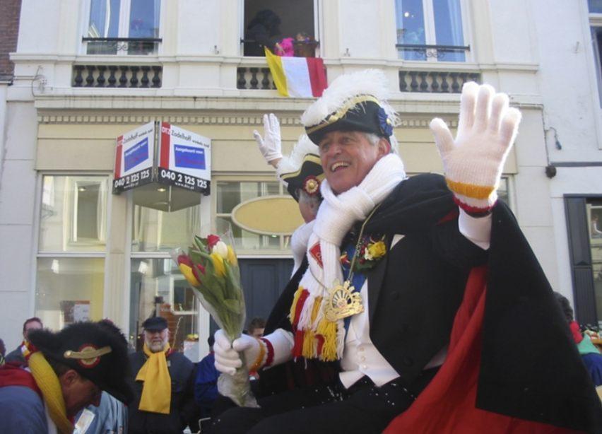 Namen van Nederlandse steden en dorpen tijdens carnaval - Den Bosch (Oeteldonk) tijdens carnaval in 2006 (CC BY-SA 3.0 - Franksmetsers - wiki)