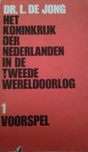 Eerste deel van de reeks van Loe de Jong (Foto auteur)