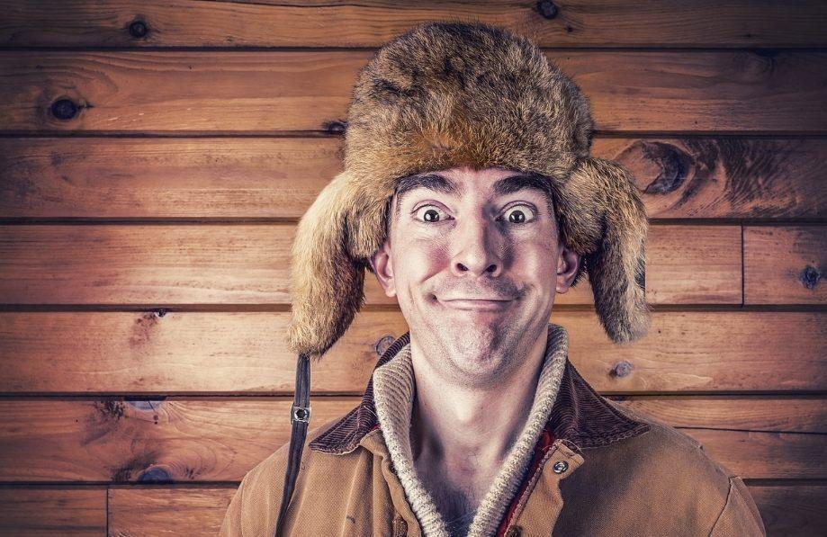 We weten niet zeker of hij het is, maar deze meneer ziet er wat ons betreft uit als een oelewapper (CC0 - Pixabay - RyanMcGuire)