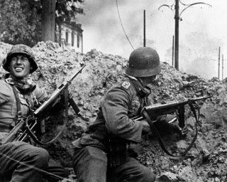 Duitse soldaten tijdens de Slag om Stalingrad (Publiek Domein - wiki)