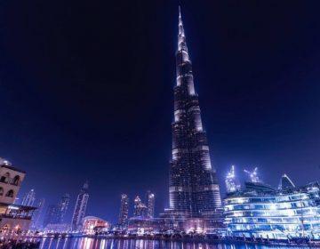Burj Khalifa in Dubai, de moderne 'Toren van Babel' (CC0 - Pixabay - JESHOOTS-com)