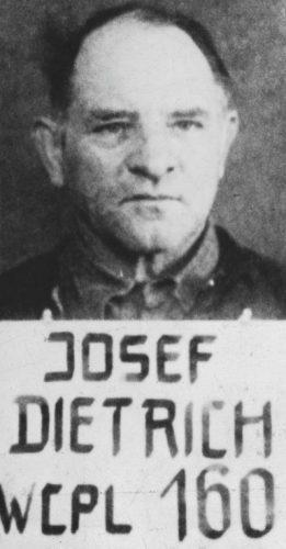 Josef (Sepp) Dietrich in geallieerde krijgsgevangenschap, 1946 (Publiek Domein - wiki)