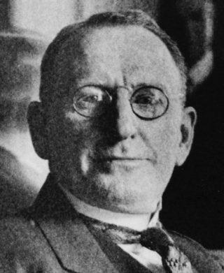 William Joseph Simmons, stichter van de tweede Ku Klux Klan in 1915 (Publiek Domein - wiki)