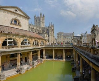 Romeinse baden in Bath  (CC BY 2.5 - Diliff - wiki)