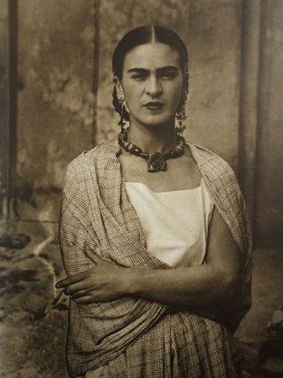 Frida Kahlo in 1932 (Publiek Domein - wiki)