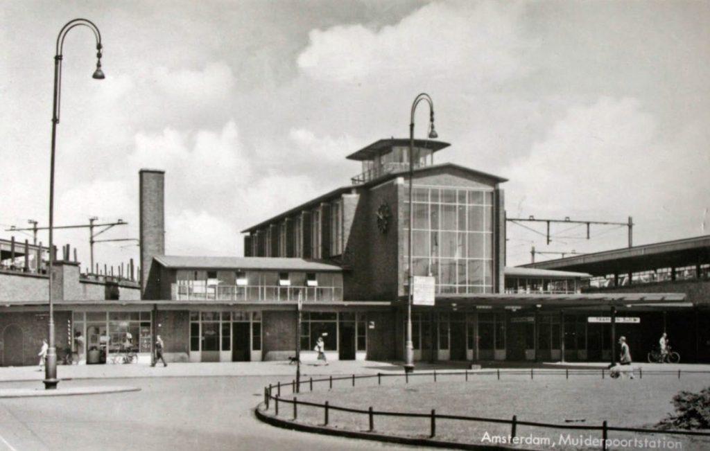 Muiderpoortstation, 1937 (Publiek Domein - wiki)