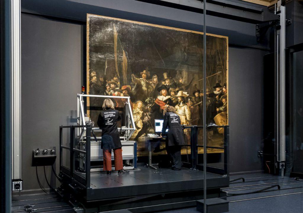 Start van Operatie Nachtwacht (Rijksmuseum Amsterdam)