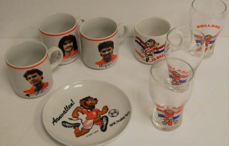 Blokker-klassiekers die rond het WK van 1990 werden verkocht (Museum van de 20e Eeuw)