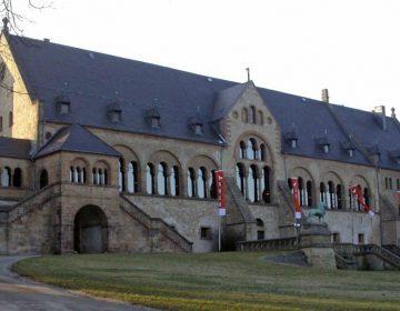 De Keizerpalts van Goslar, middeleeuwse verblijfplaats van de keizers van het Heilige Roomse Rijk (CC BY-SA 3.0 - Tobias Helfrich - wiki)