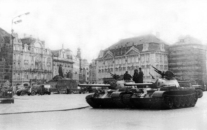 Invasie in Tsjechoslowakije (CC BY-SA 3.0 - ALDOR46 - Eigen werk)