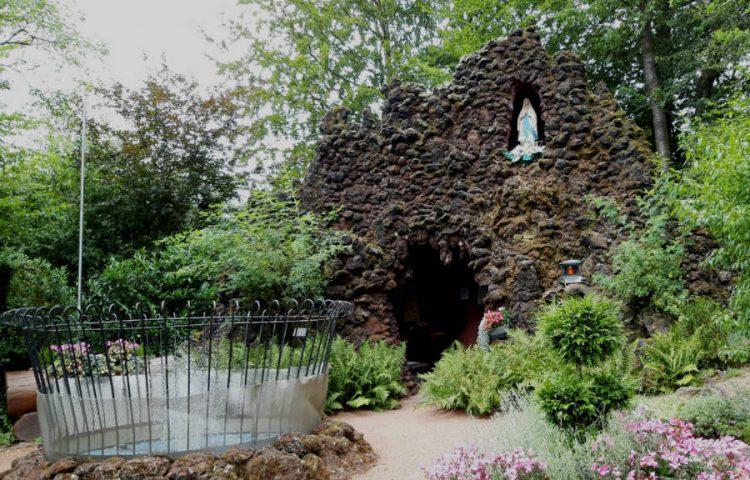 Lourdes-grot in Monschau (Foto Historiek)