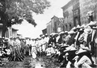 Gewapende cristero's in de straten van Mexico (Publiek Domein - wiki)