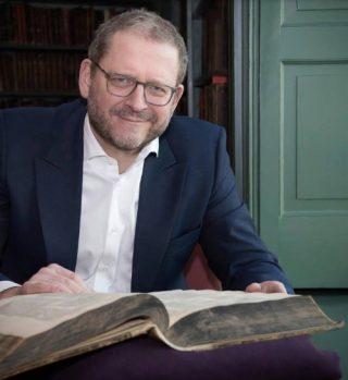 Prof. dr. Emile Schrijver. Foto: Monique Kooijmans