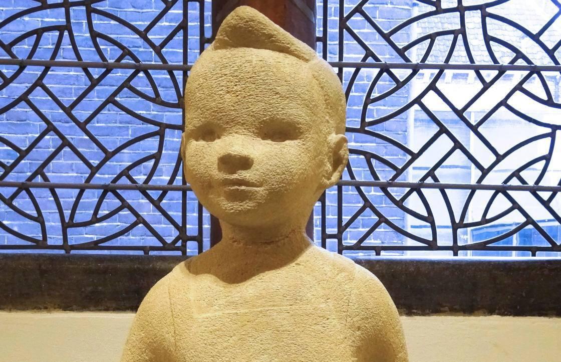 Het originele beeld van Bartje uit 1954, gemaakt door Suze Boschma-Berkhout (CC BY-SA 4.0 - Ronn - wiki)