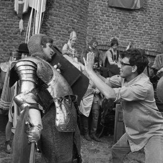 Paul Verhoeven tijdens de opnames van Floris (CC BY 3.0 - F. van Geelen - wiki)