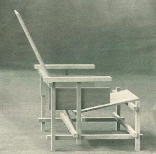 Onbeschilderde Rietveldstoel. Afgebeeld als Bijlage XXII in De Stijl, 2e jaargang, nummer 11, september 1919
