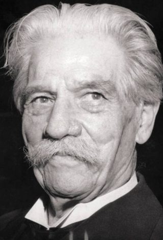 Albert Schweitzer in 1952 (CC BY-SA 3.0 de - Bundesarchiv - wiki)