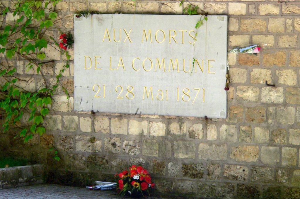 Plaquette op Père Lachaise (CC - Rama - wiki)