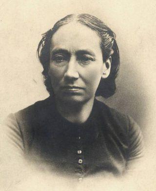 Louise Michel rond 1890 (Publiek Domein - wiki)