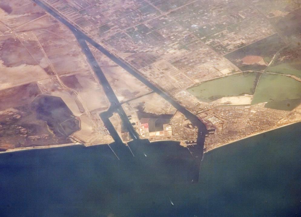 Suezkanaal aan de kant van de Middellandse Zee