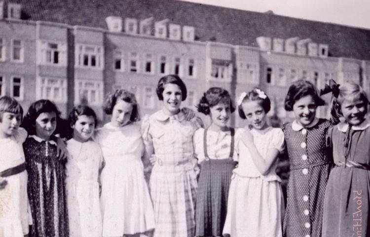 Anne Frank was niet alleen - fragment van de cover