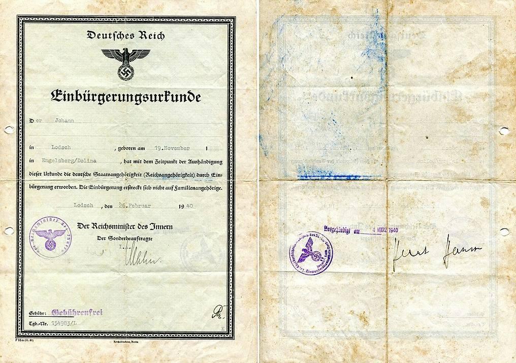 Voorbeeld van een 'inburgeringsdocument',  uitgegeven door de Einwandererzentralstelle in Lodz