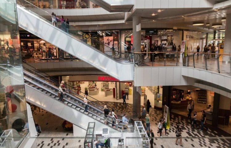 Consumptiemaatschappij - Winkelcentrum