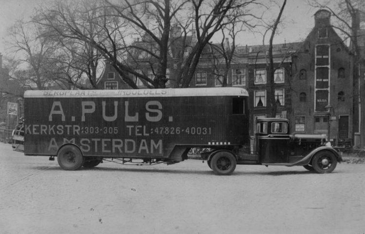 Verhuiswagen van NSB'er Abraham Puls