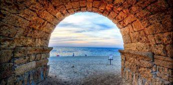 De Romeinse havenstad Caesarea Maritima