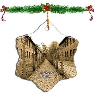 Auschwitz-kerstversiering die te koop aan werd geboden door Amazon (Amazon.com)